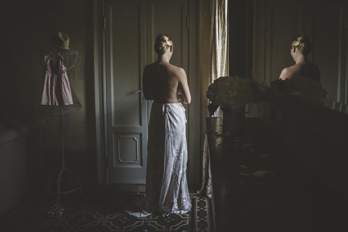 Bride Getting ready - A destination wedding in Lake Como