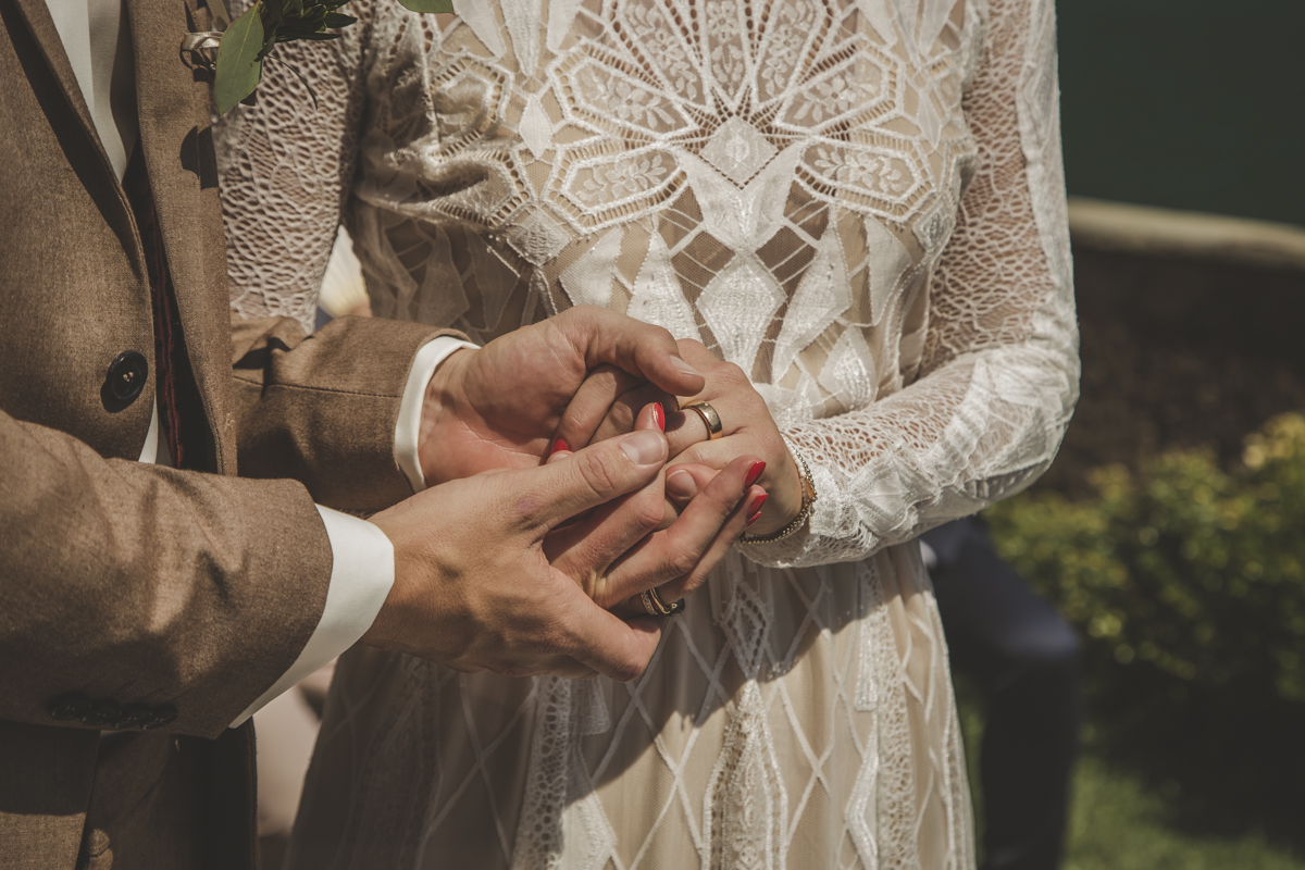 Rings exchange Ceremony at Villa Regina Teodolinda A destination wedding in Lake Como