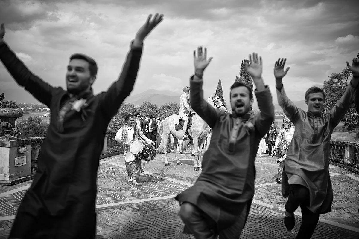 Baraat in Tuscany - Indian ceremony - Italian Wedding Designer