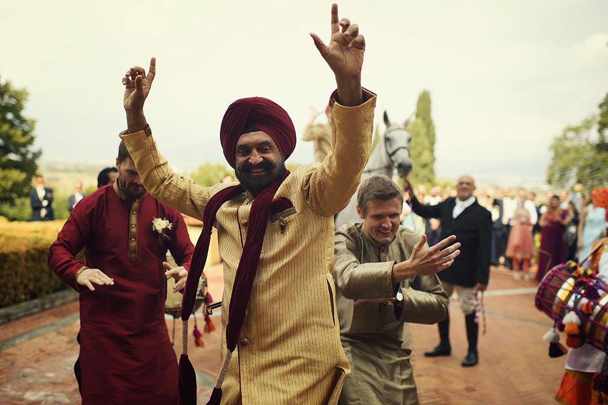 Baraat in Italy - Punjabi Wedding - Italian Wedding Designer