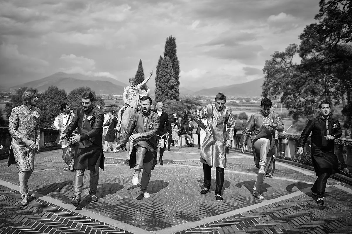 Baraat in Italy - Indian ceremony - Italian Wedding Designer