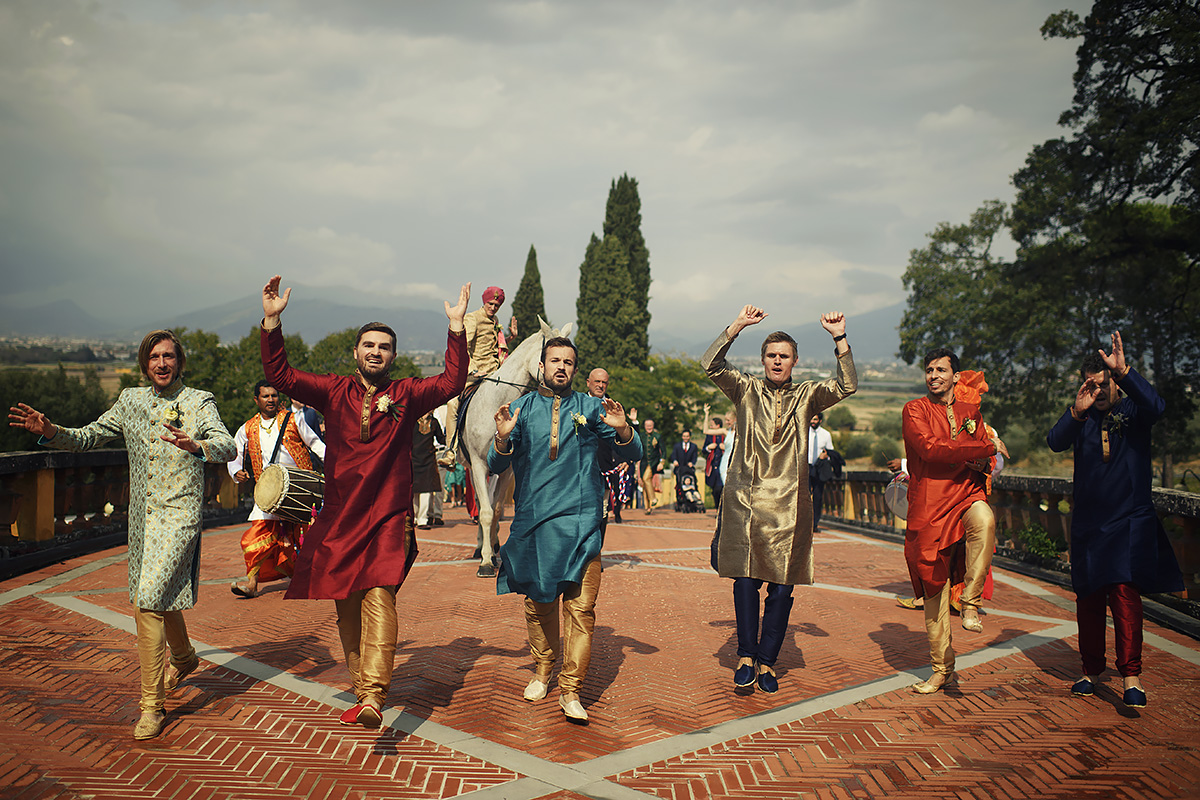 Baraat in Tuscany - Indian wedding - Italian Wedding Designer