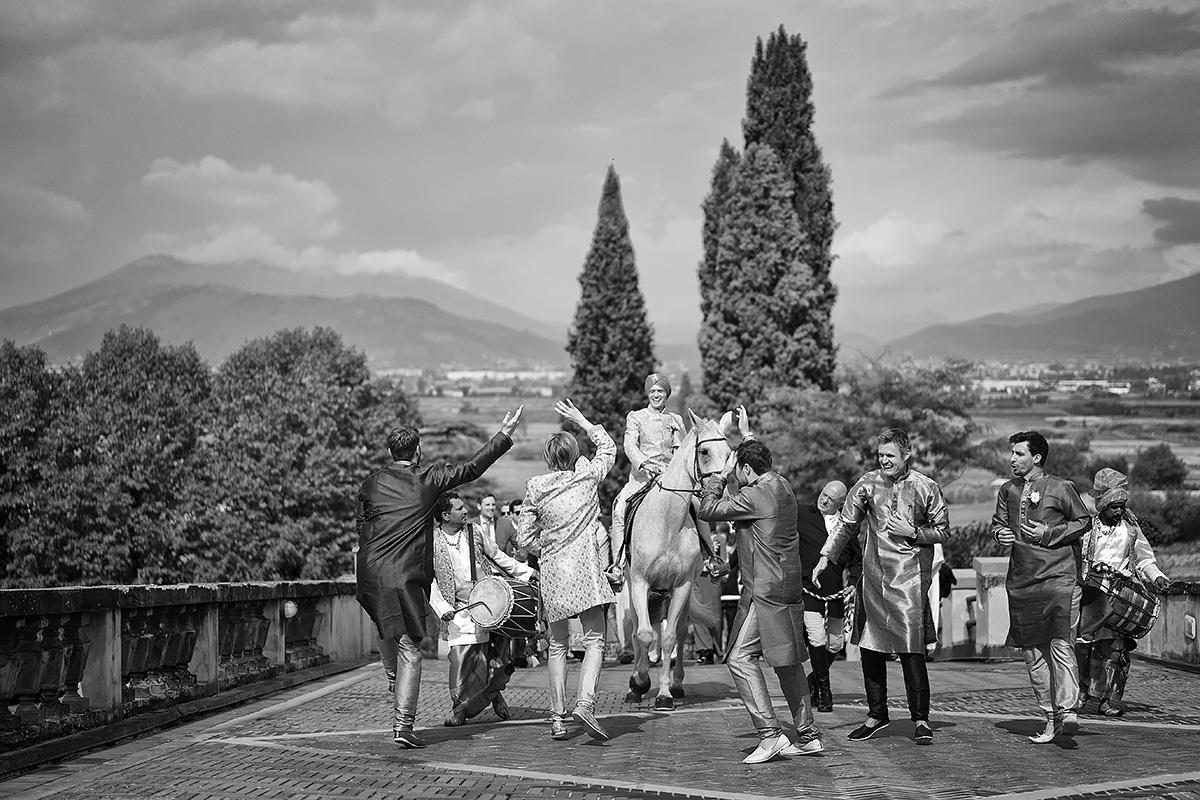 Baraat in Italy - Indian wedding - Italian Wedding Designer
