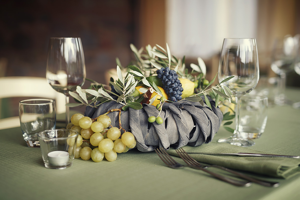 Lemon, Grapes and Olive branches Centerpiece - Italian Wedding Designer