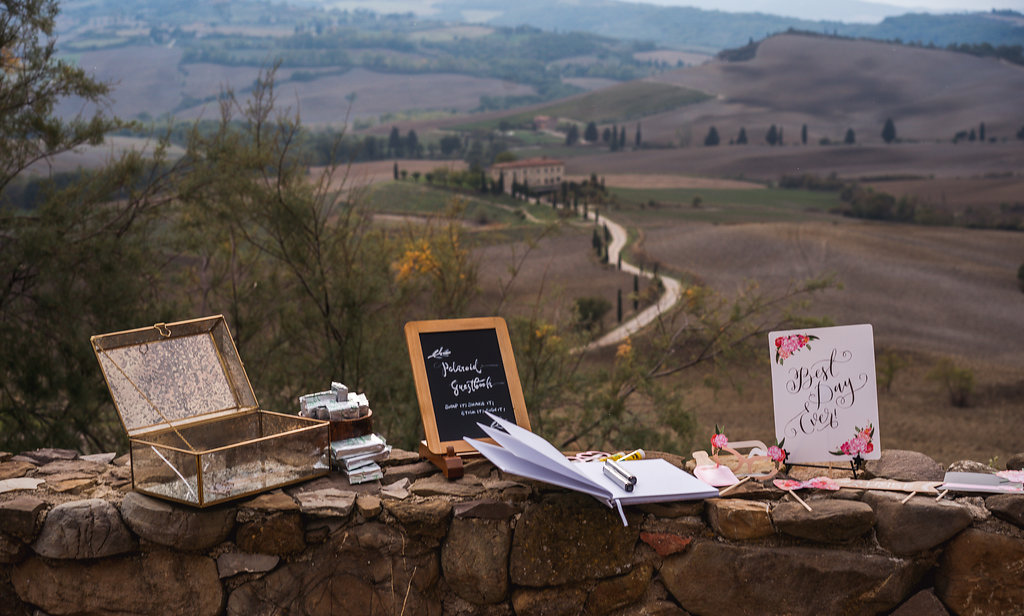 Guest Book - Wedding in Tuscany - Italian Wedding Designer
