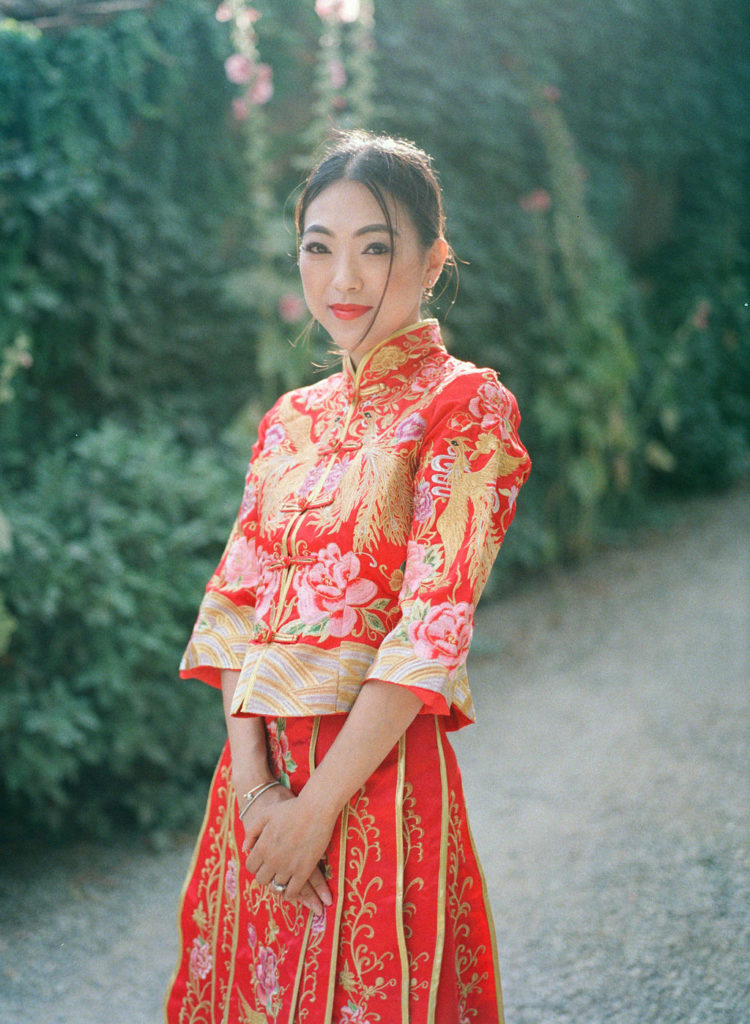 Chinese Bride with traditional dress - Chinese Tea Ceremony in Italy- Italian Wedding Designer