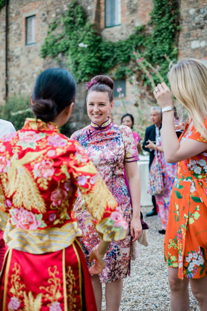Chinese traditional dress code - Chinese Tea Ceremony in Italy- Italian Wedding Designer