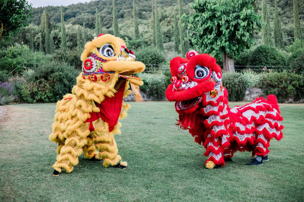 Chinese Lion Dancer - Chinese Tea Ceremony in Italy- Italian Wedding Designer