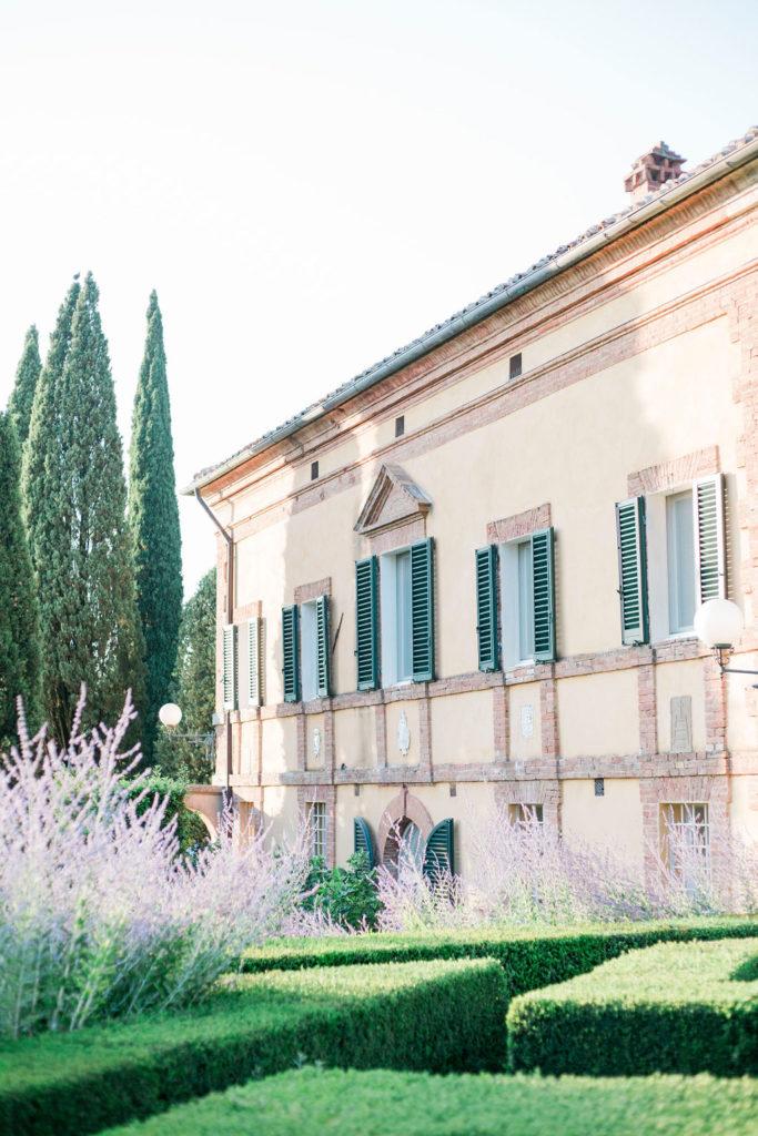 La Foce facade - Wedding at Villa La Foce - Italian Wedding Designer