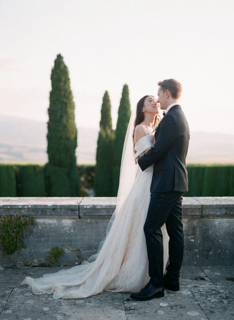 Bride and Groom at La Foce - Wedding at Villa La Foce - Italian Wedding Designer