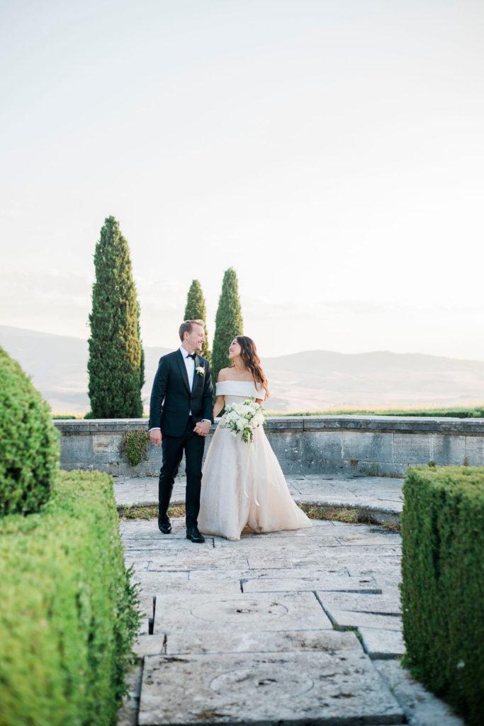 Stunning couple - Wedding at Villa La Foce - Italian Wedding Designer