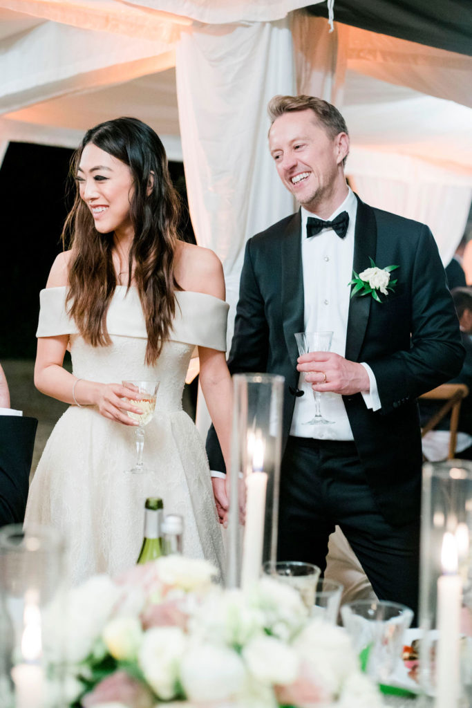 Hand by hand - Wedding at Villa La Foce - Italian Wedding Designer
