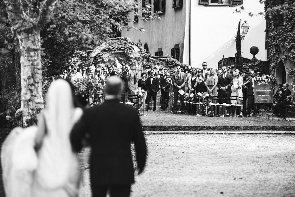 Bride arrival - Wedding at Villa La Selva - Italian Wedding Designer