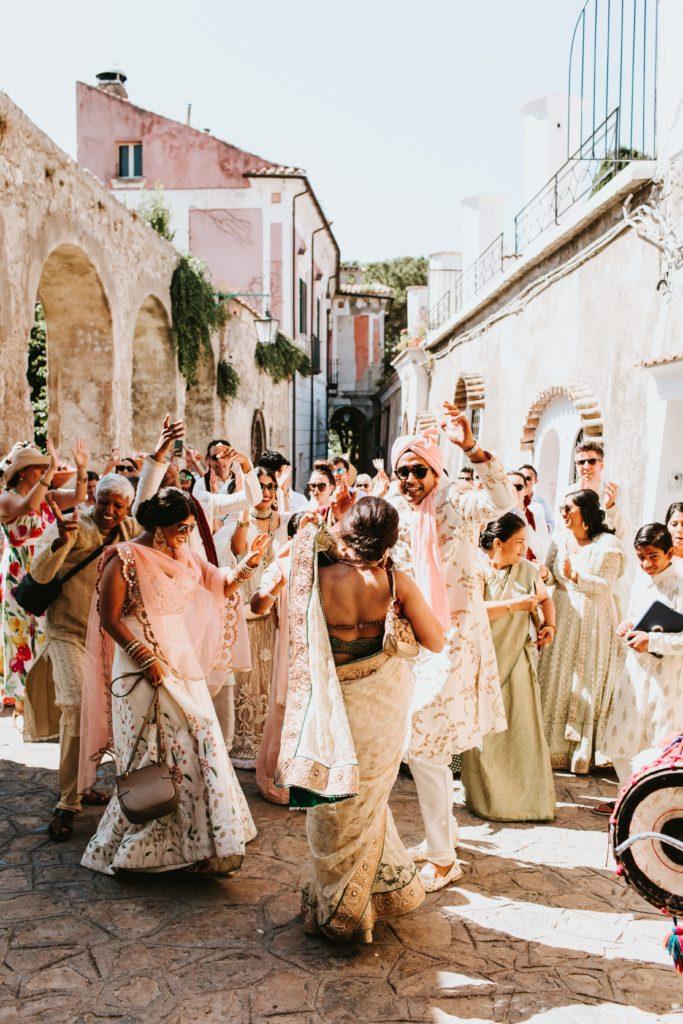 Indian Barat - Hindu wedding at Hotel Caruso in Ravello - Italian Wedding Designer