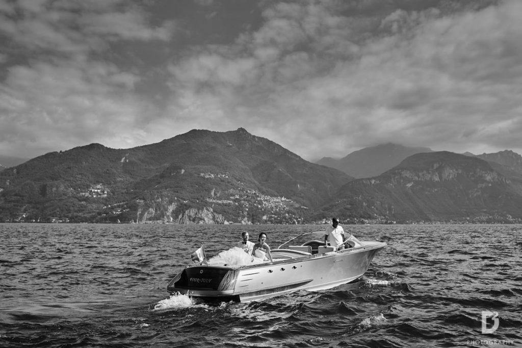 Bride and Groom on the boat - Wedding at Villa Balbianello - Italian Wedding Designer
