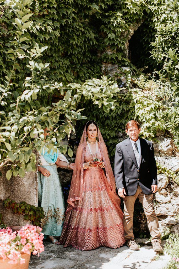 Indian Bride Entrance - Hindu wedding at Hotel Caruso in Ravello - Italian Wedding Designer