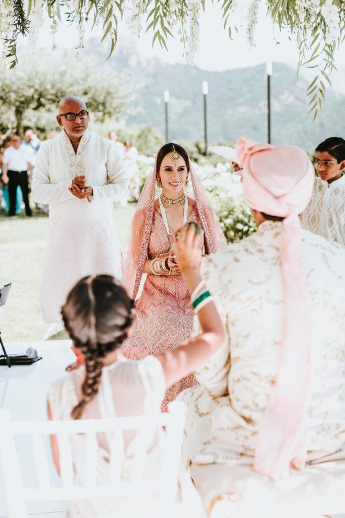 Bride and Groom under the Mandap - Hindu wedding at Hotel Caruso in Ravello - Italian Wedding Designer
